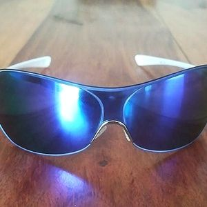 Ladies Oakley Sunglasses